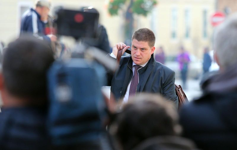 02.11.2017., Zagreb - U Banskim dvorima odrzana je redovna sjednica Vlade RH. Ministri dolaze na sjednicu. Oleg Butkovic.   Photo: