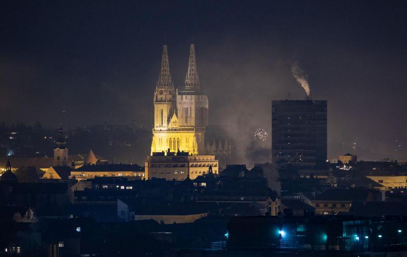 31.12.2020., Zagreb - Pogled na centar grada i katedralu u novogodisnjoj noci. Photo: Davor Puklavec/PIXSELL