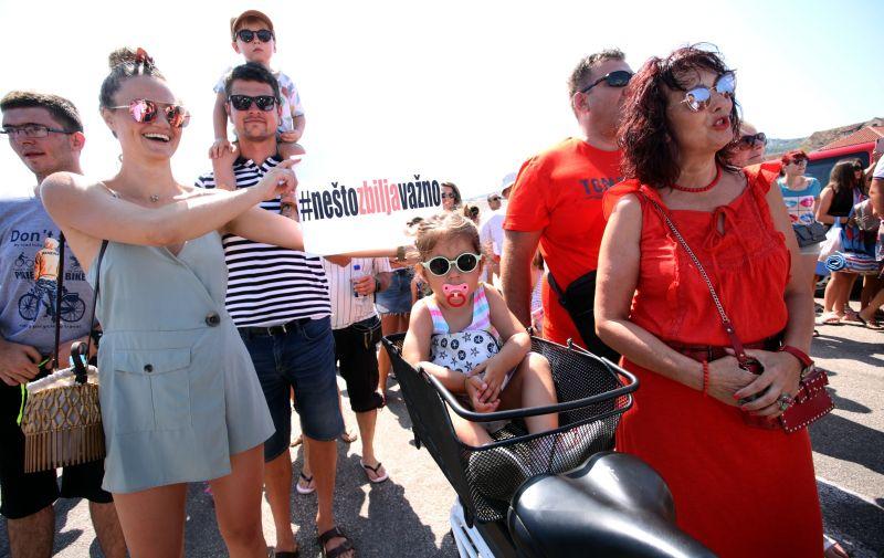 06.07.2019., Supetar, trajektna luka - Prosvjed za besplatni trajekt za djecu s poteskocama u razvoju.   Photo: Miranda Cikotic/PIXSELL
