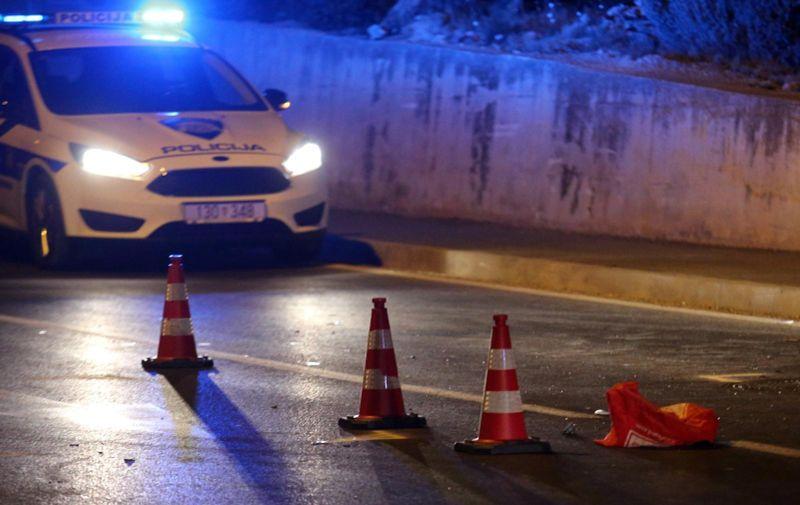 27.07.2020., Brodarica - Prometna nesreca na D-8 u mjestu Brodarica. Sudarili su se osobni automobil i elektricni romobil. Vozac romobila prebacen u bolnicu. Ocevid je u tijeku a promet se odvi9ja uz zastoje i regulaciju prometne policije.  Photo: Dusko Jaramaz/PIXSELL