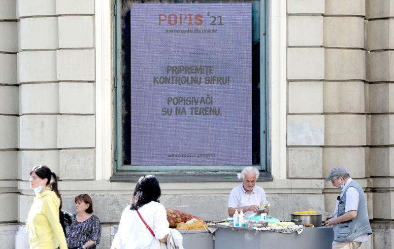 28.09.2021., Zagreb - Nakoni dva tjedna samopopisivanja danas je pocelo terensko popisivanje kao zavrsna faza Popisa stanovnistva 2021. godine. Photo: Patrik Macek/PIXSELL