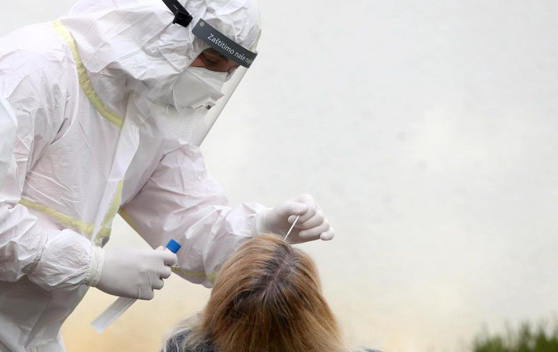 30.11.2020.,  Zagreb - U Zagrebu je danas pocelo brzo antigensko testiranje na koronavirus u srednjim skolama. Testiranje u Prirodoslovnoj skoli Vladimira Preloga.  Photo: Igor Kralj/PIXSELL