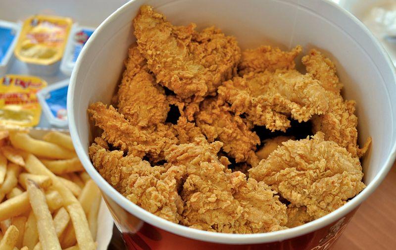 KFC je poznat poo prženoj piletini