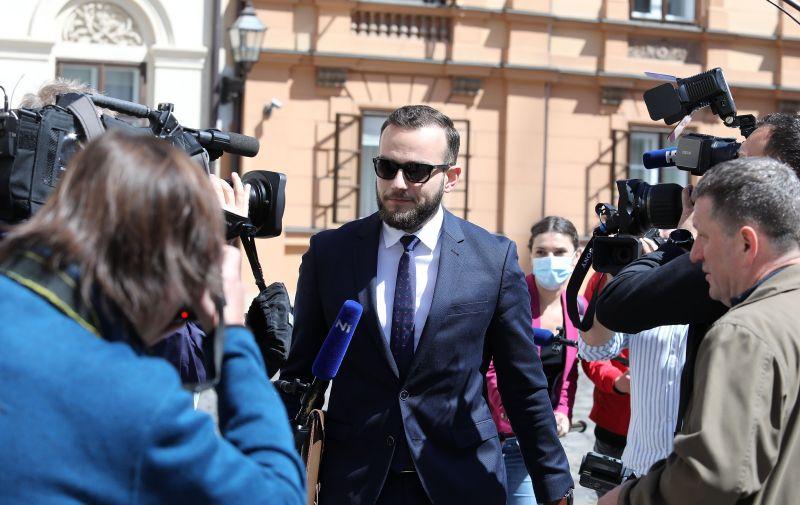 08.05.2020., Zagreb - Ministar rada i mirovinskog sustava Josip Aladrovic dolazi u Banske dvore. Photo: Patrik Macek/PIXSELL