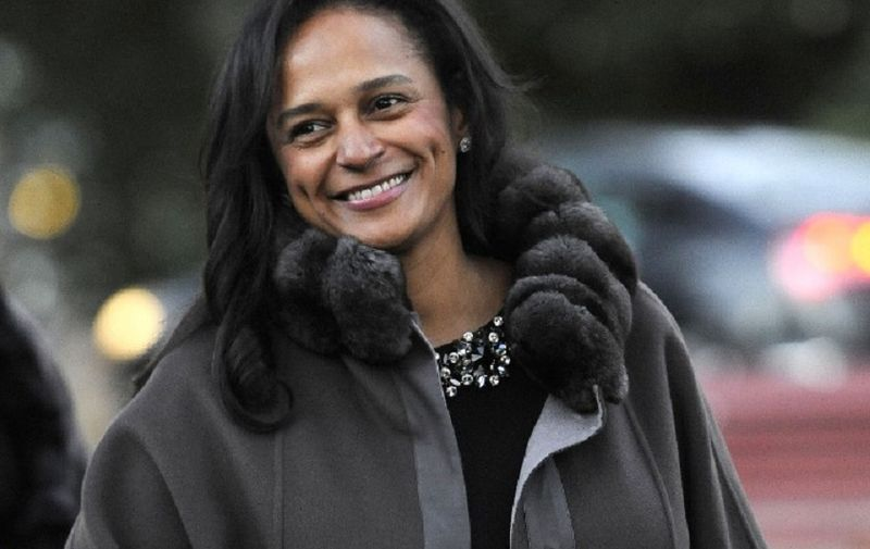 TO GO WITH AFP STORY BY THOMAS CABRAL Angolan businesswoman Isabel dos Santos arrives to the opening of an art exhibition in Porto, northern Portugal on May 3, 2014. Elder daughter of Angola's long reining President Jose Eduardo dos Santos, Isabel is, according to Forbe's magazine, the wealthiest woman in Africa.   AFP PHOTO/ PUBLICO/ FERNANDO VELUDO/ PORTUGAL OUT (Photo by FERNANDO VELUDO / PUBLICO / AFP)