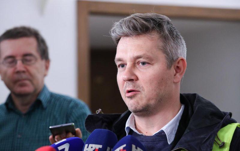 03.12.2019., Zagreb - Dario Jurican predao je u Saboru Drzavnom izbornom povjerenstvu kandidaturu za predsjednicke izbore. Photo: Luka Stanzl/PIXSELL
