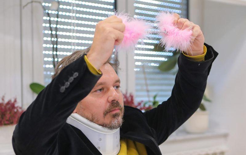 14.10.2021., Zagreb - U odvjetnickom uredu Ljiljane Maravic Pirs odrzana je konferencija za medije povodom presude Visokog upravnog suda u slucaju promjene imena Darija Juricana u Milan Bandic.