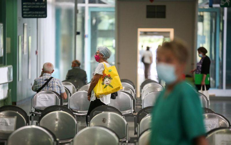 06.06.2021., Zagreb - Klinicka bolnica Dubrava otvorila je nakon 217 dana vrata za pacijente koji nisu zarazeni koronavirusom. Photo: Zeljko Hladika/Pixsell
