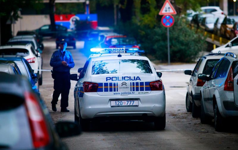 06.11.2019., Split - Pucnjava na Spinutu, neposredno u blizini osnovne skole. Photo: Milan Sabic/PIXSELL