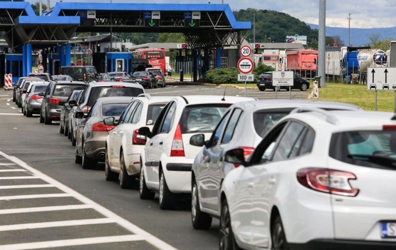 13.05.2021., Bregana - Velike prometne guzve na granicnom prijelazu Bregana. Photo: Marin Tironi/PIXSELL