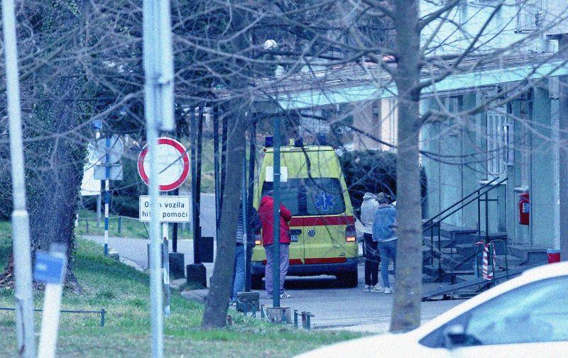 """25.02.2020., Zagreb - Pet osoba nalazi se u izolaciji na Klinici za infektivne bolesti """"dr. Fran Mihaljevic"""". Izolirane osobe nisu bile medjusobno povezane. Photo: Emica Elvedji/PIXSELL"""