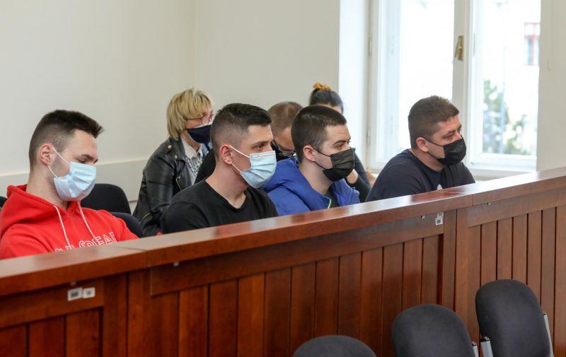 11.02.2021., Vukovar - Pocetak sudjenja optuzenima za brutalno premlacivanje Ivana Mikuljana u Vinkovcima krajem kolovoza 2018. godine te je zbog toga postao slijep i 100-postotni invalid. Photo: Dubravka Petric/PIXSELL