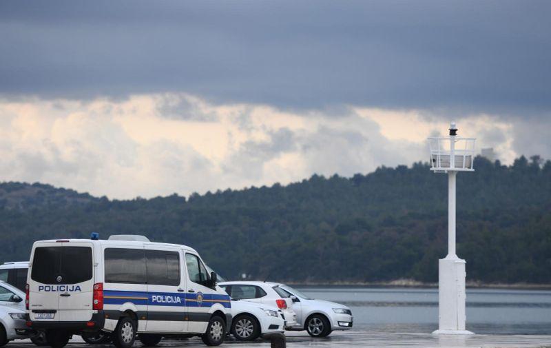 19.02.2021., Sibenik - Policijski automobil sibenske intervente policije. Photo: Hrvoje Jelavic/PIXSELL