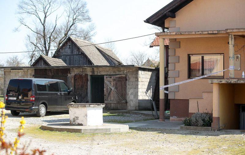21.3.2021., Zagreb - Sedmero ljudi otrovalo se plinom u stanu na adresi Resnik 1. Photo: Goran Stanzl/PIXSELL