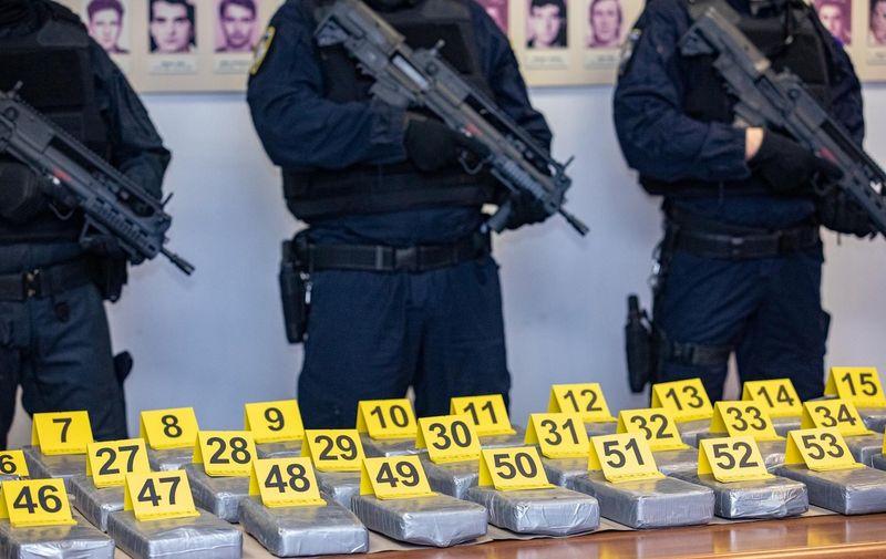 08.03.2021., Policijska postaja Viila Palma, Dubrovnik - Konferencija za medije povodom zapljene vise desetaka kilograma kokaina na podrucju Doline Neretve. Photo: Grgo Jelavic/PIXSELL