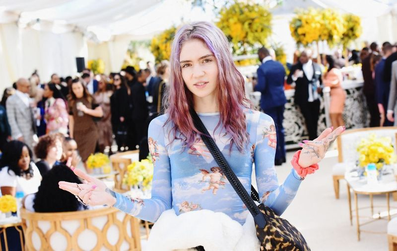 LOS ANGELES, CA - FEBRUARY 09: Grimes attends 2019 Roc Nation THE BRUNCH on February 9, 2019 in Los Angeles, California.   Vivien Killilea/Getty Images for Roc Nation /AFP (Photo by Vivien Killilea / GETTY IMAGES NORTH AMERICA / Getty Images via AFP)