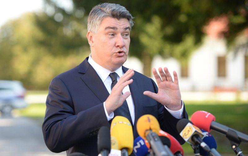 19.10.2020., Cakovec - Predsjednik RH Zoran Milanović dao je izjavu za medije nakon posjete Cakovcu. Photo: Vjeran Zganec Rogulja/PIXSELL
