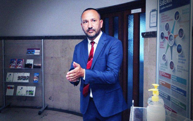 05.07.2020., Sibenik - Hrvoje Zekanovic glasovao na parlamentarnim izborima. Photo: Dusko Jaramaz/PIXSELL