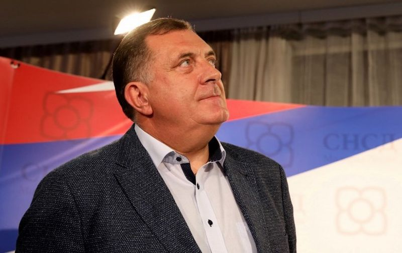 Milorad Dodik, Bosnian-Serb candidate for Bosnia and Herzegovina's tripartite Presidency arrives to the party headquarters in Banja Luka on October 7, 2018.    Nationalist Milorad Dodik claimed victory Sunday in a race for the Serb seat of Bosnia's three-man presidency, a post he will share with Muslim and Croat leaders in a country splintered by ethnic divides. The elevation of the hardliner to top office lays bare the nationalism haunting Bosnia more than two decades after it was torn apart by war. / AFP PHOTO / Milan RADULOVIC