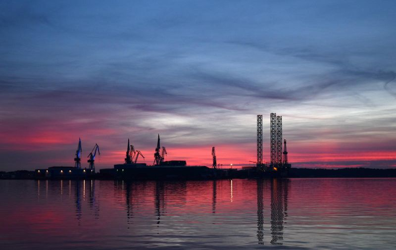 Suton iznad brodogradilišta Uljanik 07.02.2019., Pula - Suton iznad brodogradilista Uljanik.  Photo: Dusko Marusic/PIXSELL