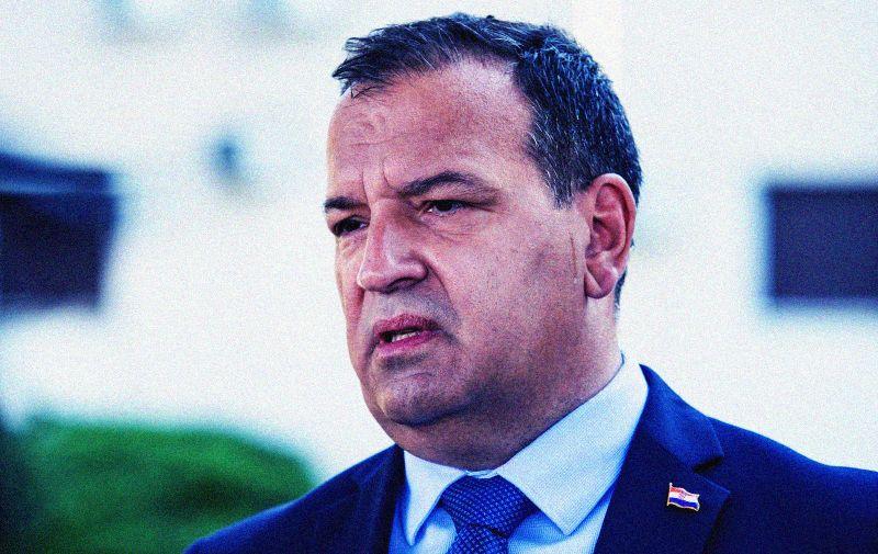 05.07.2020., Split - Ministar zdravstva u Vladi Republike Hrvatske Vili Beros glasao je na glasackom mjestu u Splitu. Photo: Milan Sabic/PIXSELL