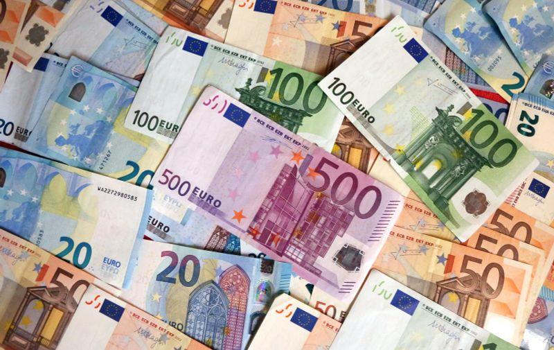12.02.2016., Sibenik - Euro, jedinstvena europska valuta koja je u uporabi 1. sijecnja 1999.  Photo: Dusko Jaramaz/PIXSELL