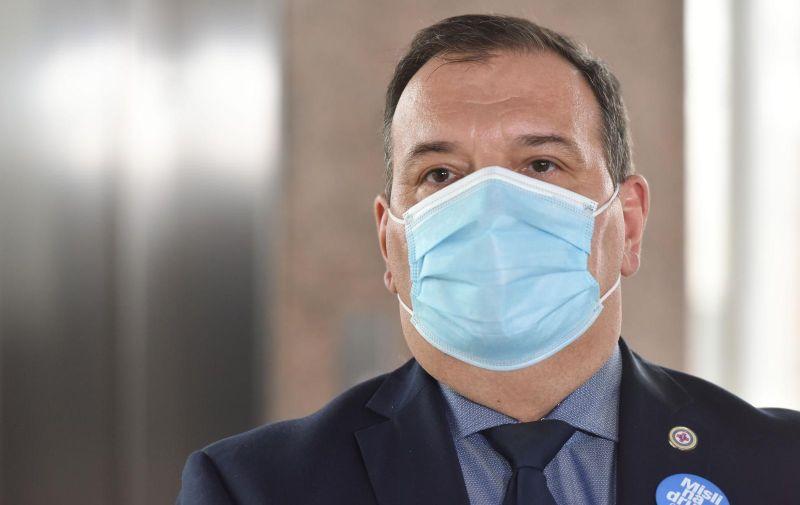 i11.02.2021.,Zagreb - Ministar zdravstva Vili Beros dao je izjavu za medije prije pocetka sjednice vlade. Photo: Davorin Visnjic/PIXSELL
