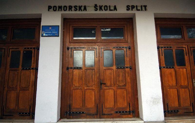 Pomorska škola u Splitu