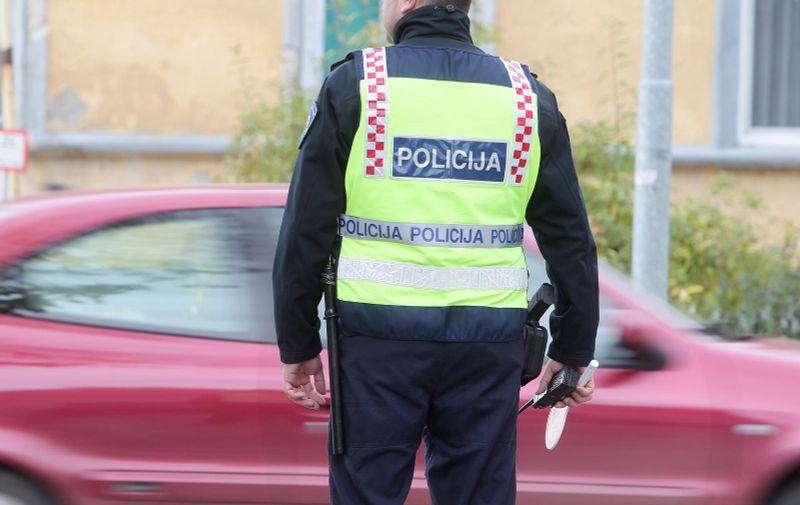 04.11.2013., Koprivnica - Svakodnevni zadaci prometnih policajaca PU koprivnicko-krizevacke. Photo: Marijan Susenj/PIXSELL