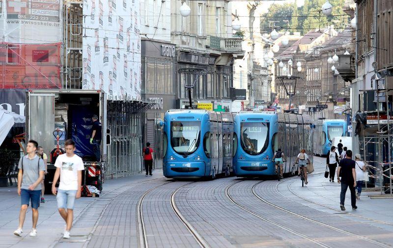 Tramvaji snimljeni danas u gradu