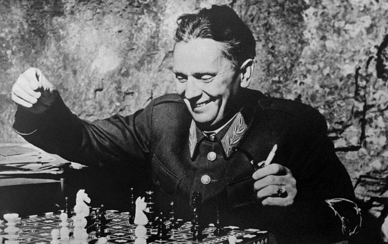 Yugoslav President Marshall Josip Broz Tito is seen playing chess on a picture taken in october 1944 during World War II. / AFP PHOTO