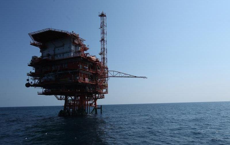 13.03.2015, Pula - U medjunarodnim vodama sjevernog Jadrana, na samoj pomorskoj granici Hrvatske i Italije, nalazi se i jedna od najvecih plinskih platformi u tom podrucju. Plinska platforma Annamaria A udaljena je 455 km od Pule, a na njoj INA i AGIP eksploatiraju plin u Jadranskom moru.  Photo: Boris Scitar/Vecernji list/PIXSELL