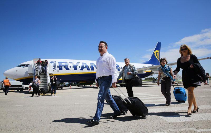 17.04.2013., Zadar - 54. baza niskobudzetnog avioprijevoznika Ryanair.  Photo: Filip Brala/PIXSELL