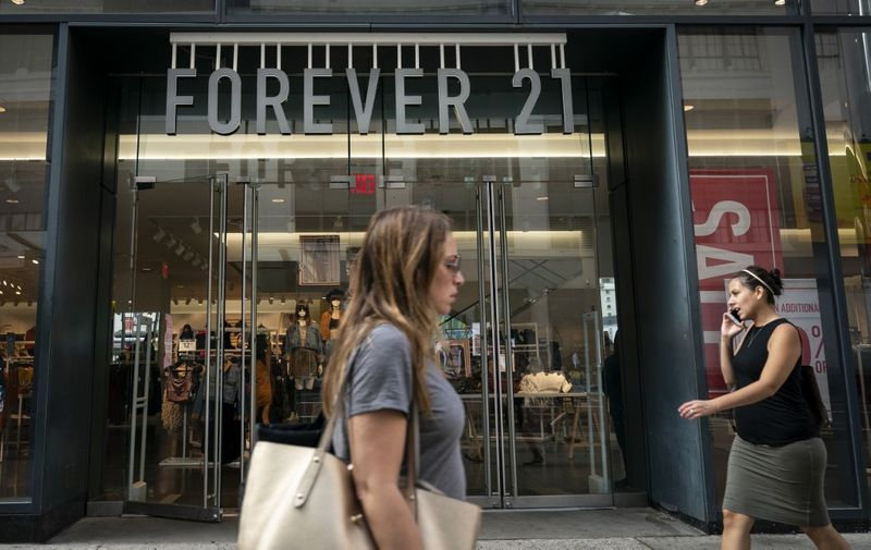 NEW YORK, NY - SEPTEMBER 12: A Forever 21 store stands in Herald Square in Manhattan on September 12, 2019 in New York City. The Wall Street Journal reported that the retail chain is planning to file for bankruptcy as soon as Sunday. The company is refuting these reports and said they plan to continue operating a vast majority of their U.S. stores.   Drew Angerer/Getty Images/AFP