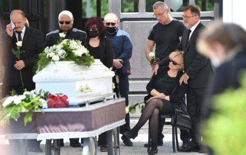 02.06.2021., Varazdin- Pogreb profesora Nine Cengica kojeg su pretukli ispred kluba Kulturana. Photo: Vjeran Zganec Rogulja/PIXSELL