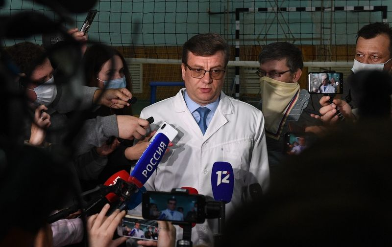 6312629 21.08.2020 Head Physician of the City Clinical Emergency Hospital Number 1 Alexander Murakhovsky speaks to the press after Russian opposition leader Alexei Navalny fell ill in what his spokeswoman said was a suspected poisoning, in Omsk, Russia.,Image: 554191118, License: Rights-managed, Restrictions: , Model Release: no, Credit line: Profimedia