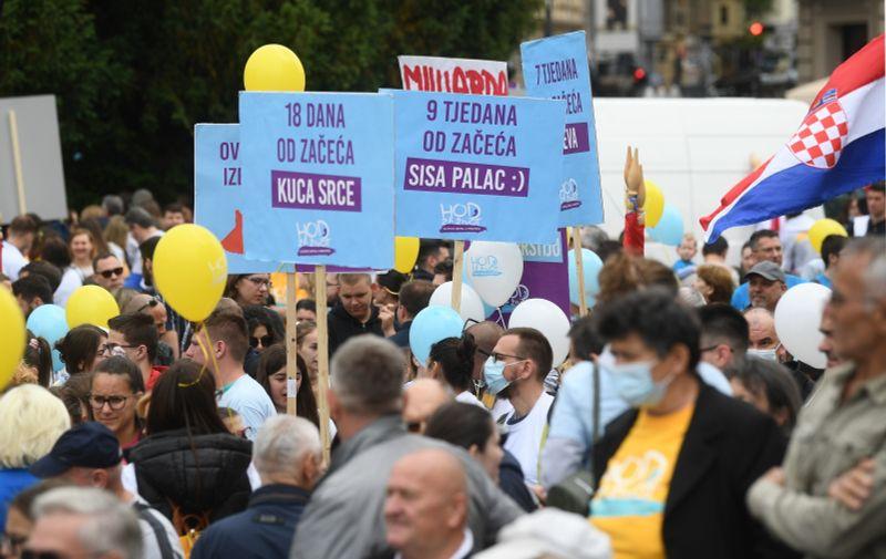 29.05.2021., Zagreb - Hod za zivot. Okupljanje sudionika zapocelo je na Trgu Republike Hrvatske, a nastavlja se kroz Frankopansku, Ilicu, Prasku, pa sve do Zrinjevca.   Photo: Marko Lukunic/PIXSELL