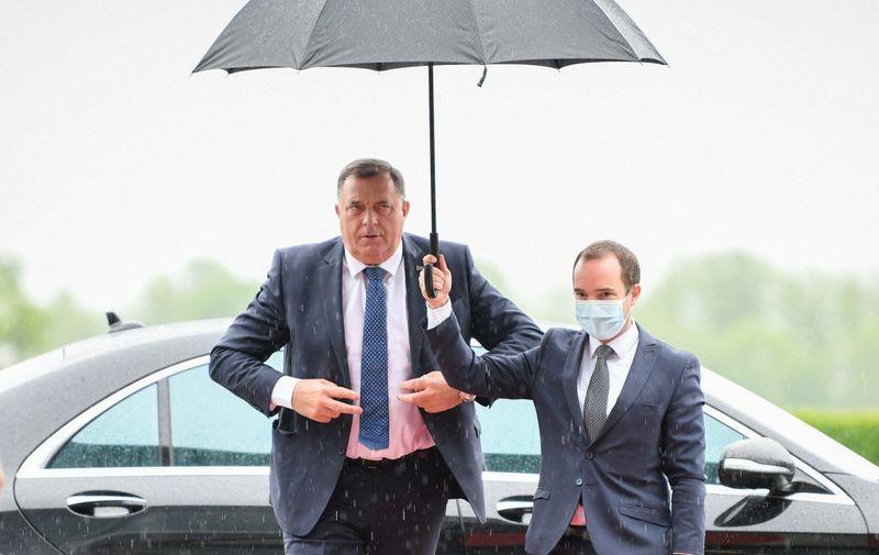 Milorad Dodik, Serbian member of the presidency of Bosnia and Hercegovina arrives prior to the start of the Brdo-Brijuni Process meeting in Brdo pri Kranju on May 17, 2021. - The meeting is designed to reaffirm committent to EU enlargement. (Photo by Jure Makovec / AFP)