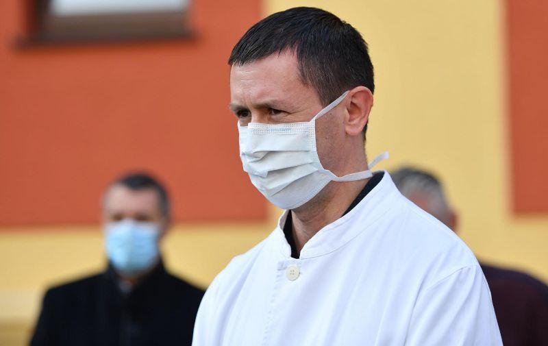 30.11.2020., Varazdin- Donacija HNS-a Opcoj bolnici Varazdin. Nenad Kudelic. Photo: Vjeran Zganec Rogulja/PIXSELL